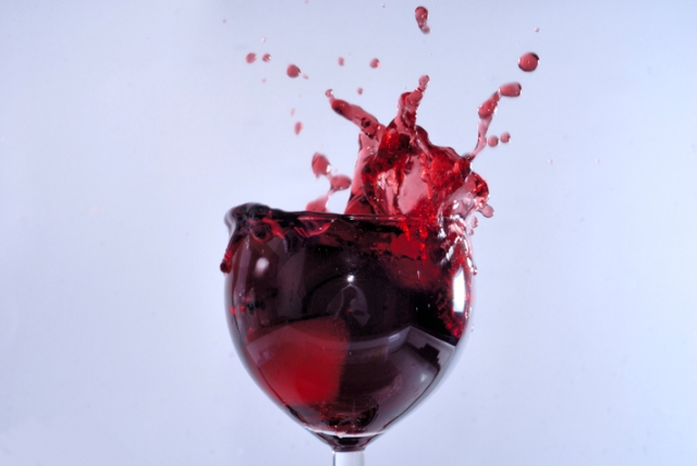 Paternò_-_Wine_splash