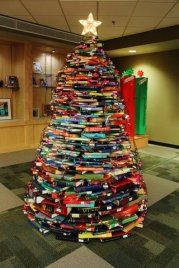 christmas-tree-books-1